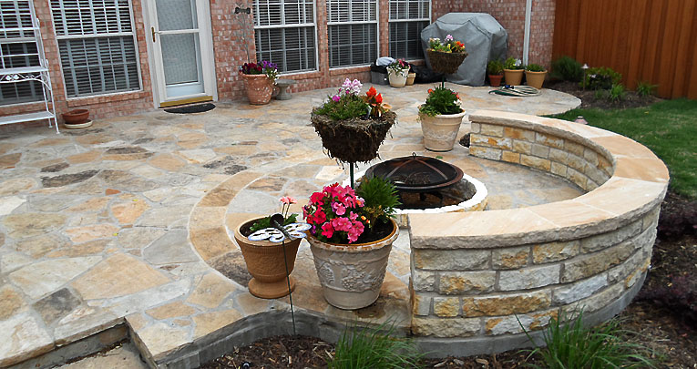 Flagstone Patio Sitting Area